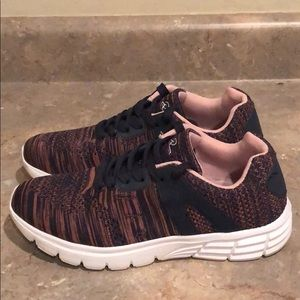 Shoes - Athletic Knit Sneakers/Shoes
